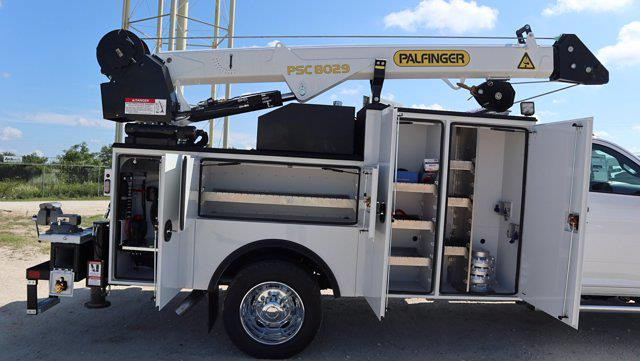 2021 Ram 5500 Regular Cab DRW 4x4, Palfinger PAL Pro 43 Mechanics Body #613016 - photo 22