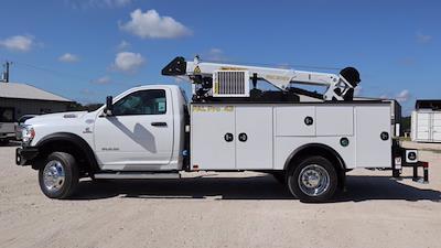 2021 Ram 5500 Regular Cab DRW 4x4, Palfinger PAL Pro 43 Mechanics Body #613016 - photo 5