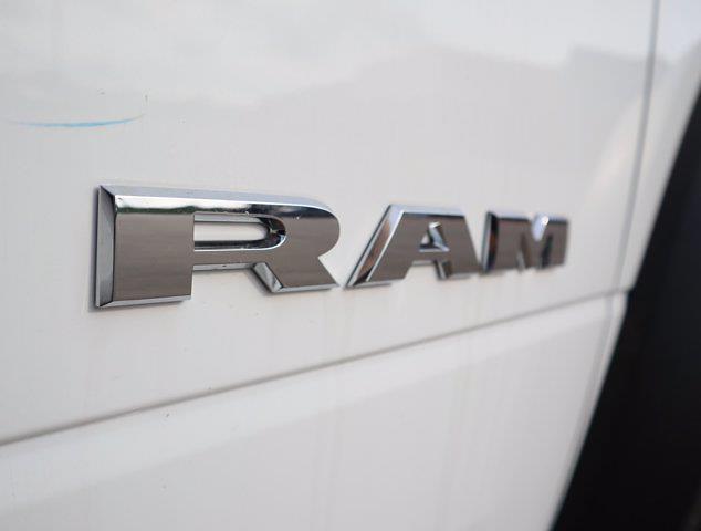 2021 Ram 5500 Regular Cab DRW 4x4,  Palfinger PAL Pro 43 Mechanics Body #613019 - photo 20