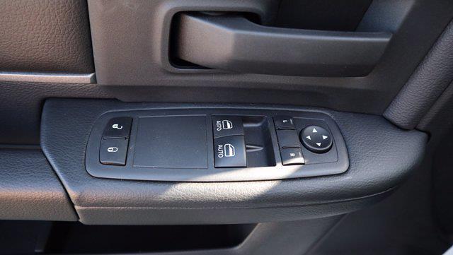 2021 Ram 5500 Regular Cab DRW 4x4, Palfinger PAL Pro 43 Mechanics Body #613020 - photo 40