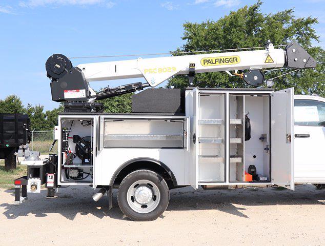 2021 Ram 5500 Regular Cab DRW 4x4,  Palfinger PAL Pro 43 Mechanics Body #613021 - photo 23
