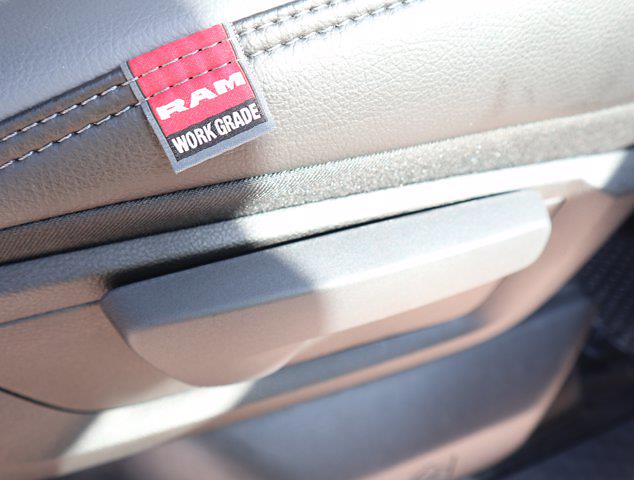 2021 Ram 5500 Regular Cab DRW 4x4,  Palfinger PAL Pro 43 Mechanics Body #613021 - photo 55