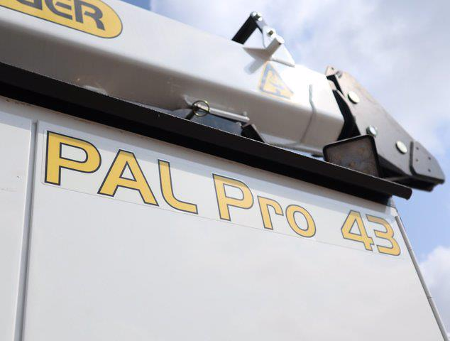 2021 Ram 5500 Regular Cab DRW 4x4,  Palfinger PAL Pro 43 Mechanics Body #613022 - photo 18