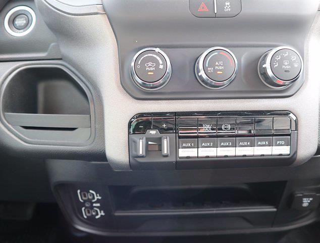 2021 Ram 5500 Regular Cab DRW 4x4,  Palfinger PAL Pro 43 Mechanics Body #613022 - photo 50