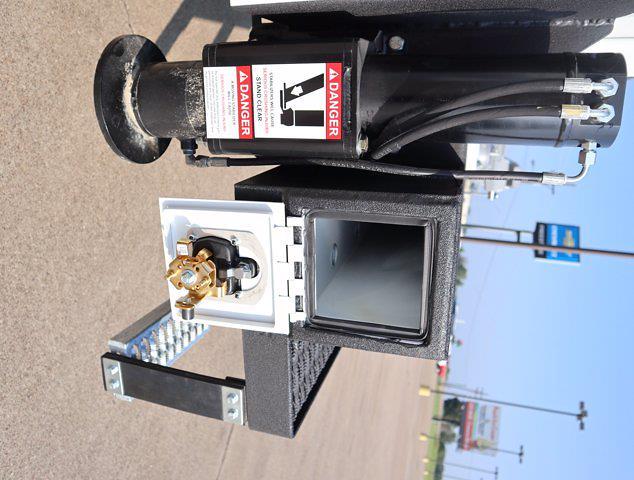 2021 Ram 5500 Regular Cab DRW 4x4,  Palfinger PAL Pro 43 Mechanics Body #613023 - photo 39
