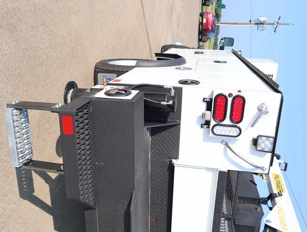 2021 Ram 5500 Regular Cab DRW 4x4,  Palfinger PAL Pro 43 Mechanics Body #613023 - photo 9