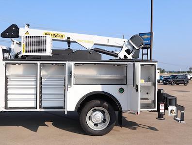 2021 Ram 5500 Regular Cab DRW 4x4,  Palfinger PAL Pro 43 Mechanics Body #613023 - photo 32