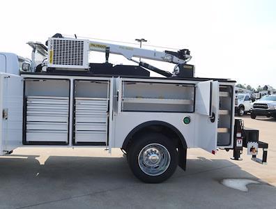2021 Ram 5500 Regular Cab DRW 4x4,  Palfinger PAL Pro 43 Mechanics Body #613024 - photo 32