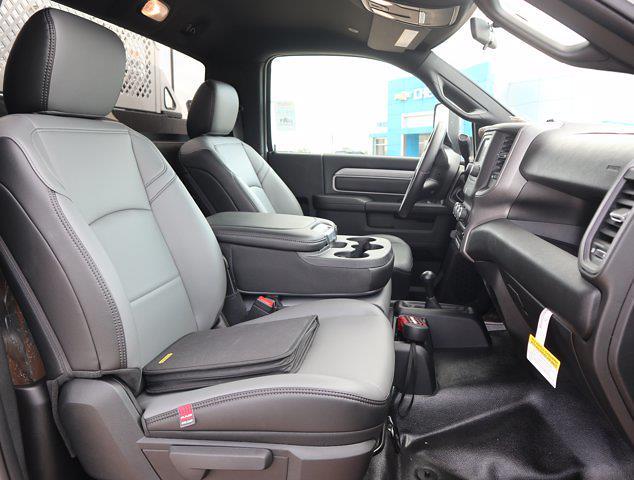 2021 Ram 5500 Regular Cab DRW 4x4, Mechanics Body #613025 - photo 21
