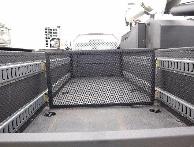 2021 Ram 5500 Regular Cab DRW 4x4, Mechanics Body #613027 - photo 9