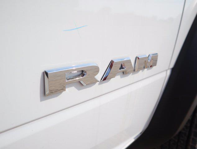 2021 Ram 5500 Regular Cab DRW 4x4,  Palfinger PAL Pro 39 Mechanics Body #613030 - photo 17