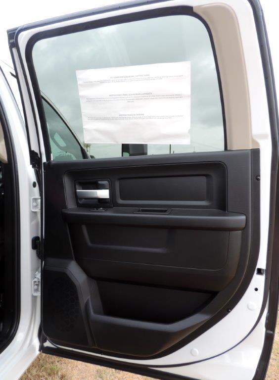 2019 Ram 3500 Crew Cab DRW 4x4,  Mechanics Body #613523 - photo 27