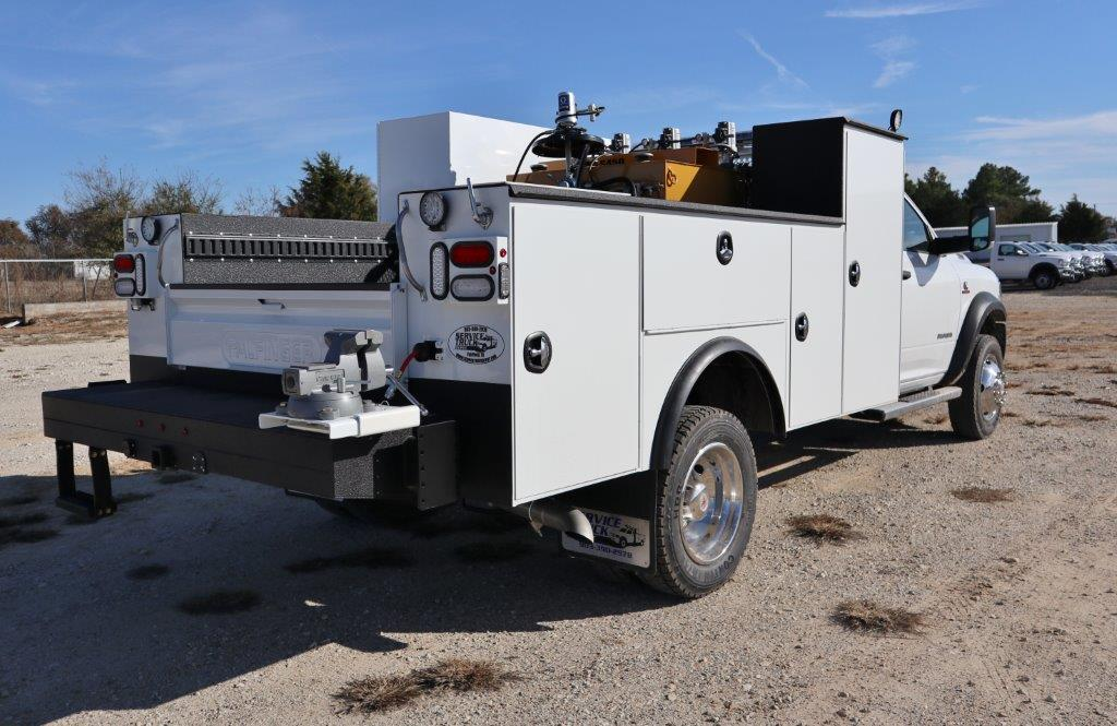 2019 Ram 5500 Regular Cab DRW 4x4, Palfinger PAL Pro 20 Mechanics Body #617065 - photo 6