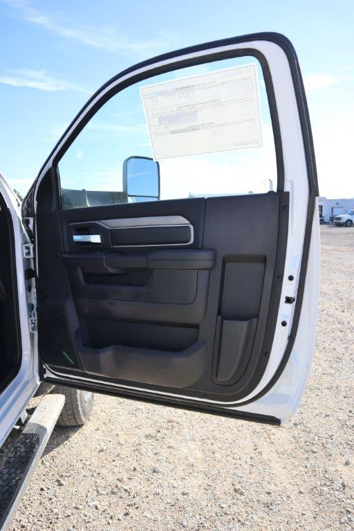 2019 Ram 5500 Regular Cab DRW 4x4, Palfinger PAL Pro 20 Mechanics Body #617065 - photo 28