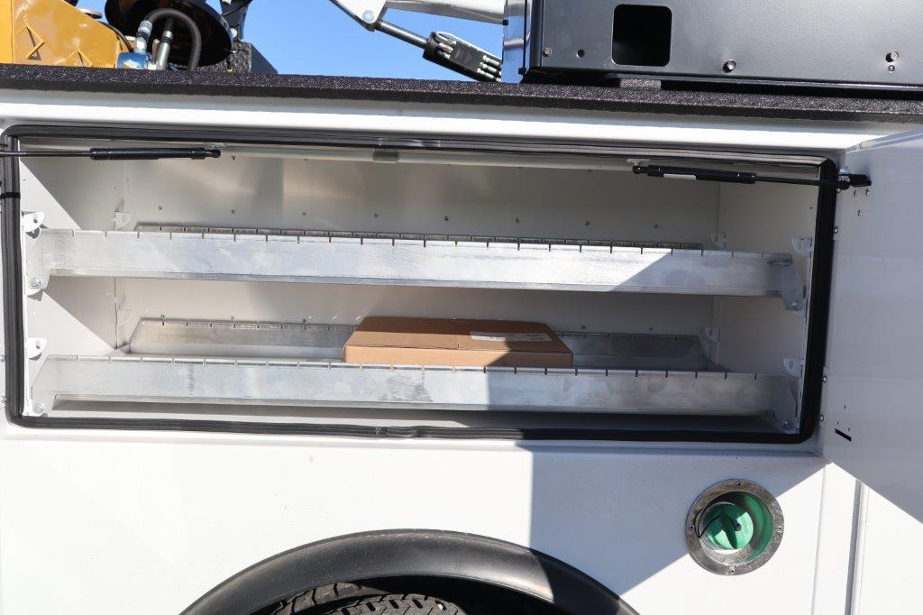2019 Ram 5500 Regular Cab DRW 4x4, Palfinger Mechanics Body #617066 - photo 12