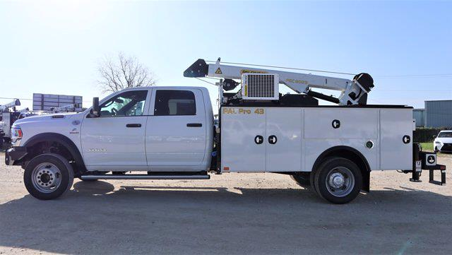2021 Ram 5500 Crew Cab DRW 4x4, Palfinger PAL Pro 43 Mechanics Body #625637 - photo 4