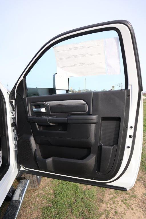 2019 Ram 5500 Regular Cab DRW 4x4, Palfinger Mechanics Body #642235 - photo 20