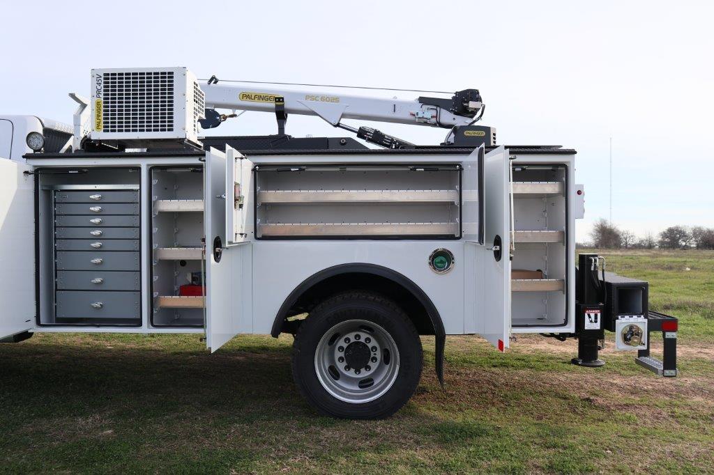 2019 Ram 5500 Regular Cab DRW 4x4, Palfinger Mechanics Body #642236 - photo 17