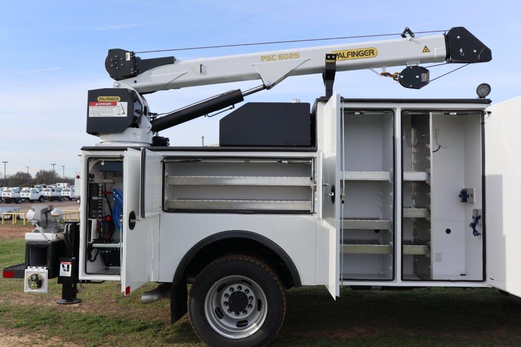 2019 Ram 5500 Regular Cab DRW 4x4, Palfinger Mechanics Body #642236 - photo 26
