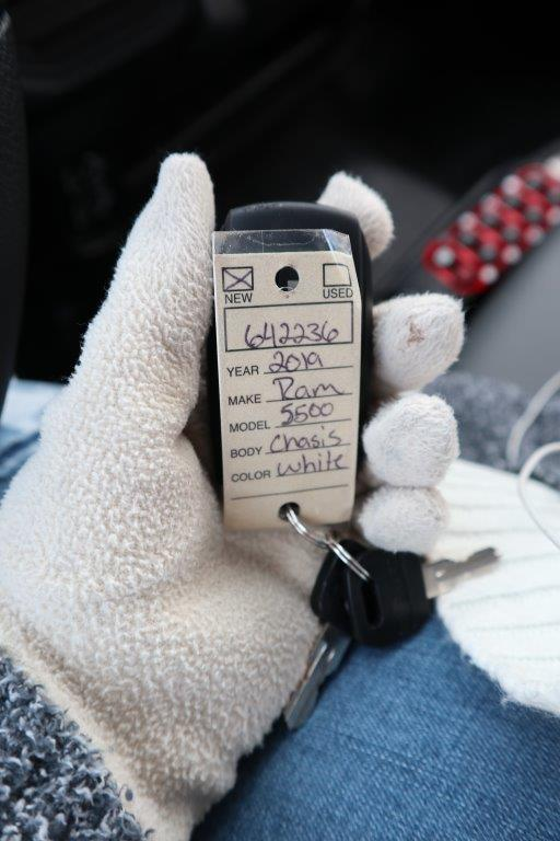 2019 Ram 5500 Regular Cab DRW 4x4, Palfinger Mechanics Body #642236 - photo 37