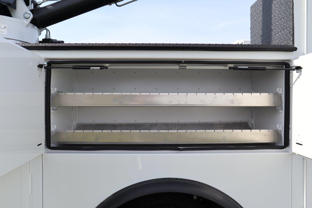 2019 Ram 5500 Regular Cab DRW 4x4, Palfinger Mechanics Body #642239 - photo 23