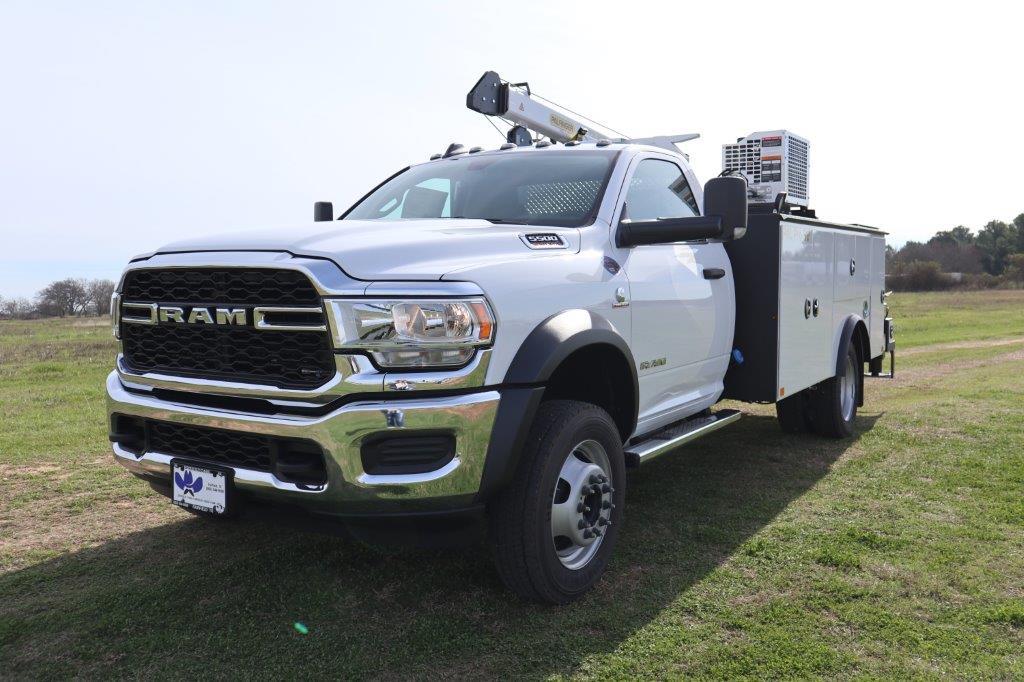 2019 Ram 5500 Regular Cab DRW 4x4, Palfinger Mechanics Body #642239 - photo 4
