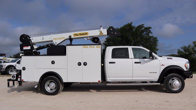 2021 Ram 5500 Crew Cab DRW 4x4, Palfinger PAL Pro 43 Mechanics Body #644472 - photo 9