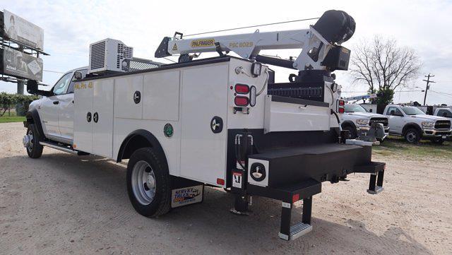 2021 Ram 5500 Crew Cab DRW 4x4, Palfinger PAL Pro 43 Mechanics Body #644472 - photo 6