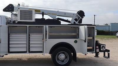 2021 Ram 5500 Crew Cab DRW 4x4, Palfinger PAL Pro 43 Mechanics Body #644472 - photo 17