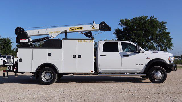 2021 Ram 5500 Crew Cab DRW 4x4, Palfinger PAL Pro 43 Mechanics Body #644478 - photo 13