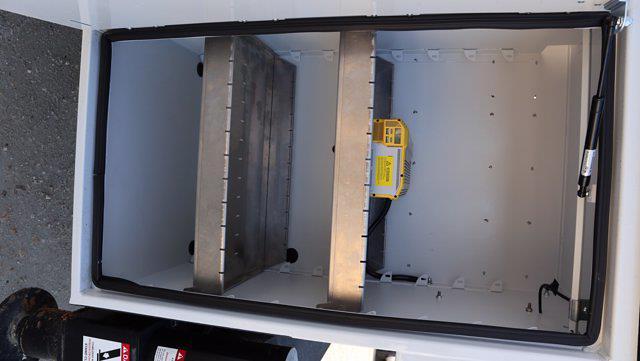 2021 Ram 5500 Crew Cab DRW 4x4, Palfinger PAL Pro 43 Mechanics Body #644478 - photo 28