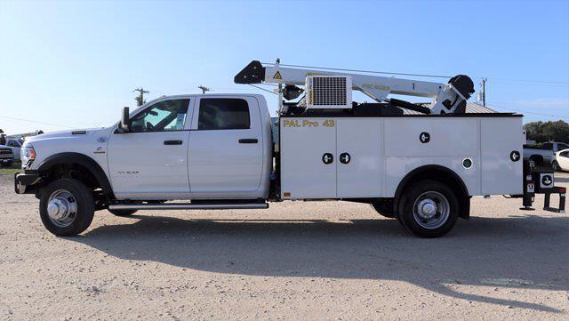 2021 Ram 5500 Crew Cab DRW 4x4, Palfinger PAL Pro 43 Mechanics Body #644478 - photo 5