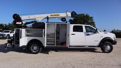 2021 Ram 5500 Crew Cab DRW 4x4, Palfinger PAL Pro 43 Mechanics Body #644478 - photo 30