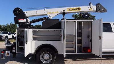 2021 Ram 5500 Crew Cab DRW 4x4, Palfinger PAL Pro 43 Mechanics Body #644478 - photo 31