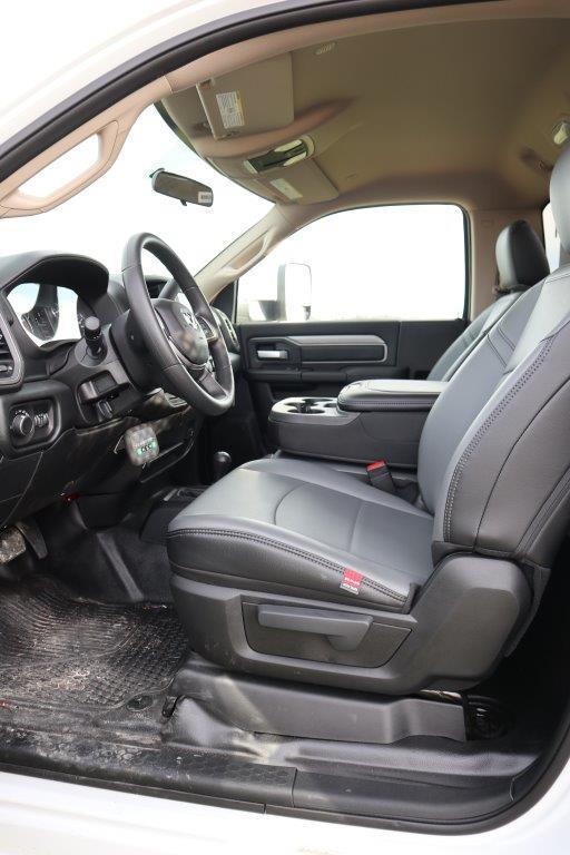2019 Ram 5500 Regular Cab DRW 4x4, Palfinger Mechanics Body #710607 - photo 30
