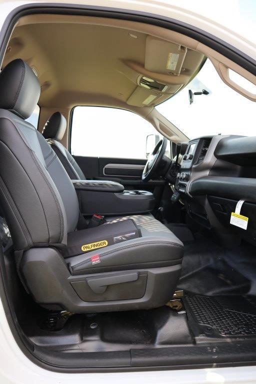 2019 Ram 5500 Regular Cab DRW 4x4, Palfinger PAL Pro 43 Mechanics Body #710608 - photo 26