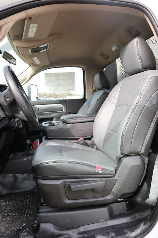 2019 Ram 5500 Regular Cab DRW 4x4, Palfinger PAL Pro 43 Mechanics Body #710609 - photo 32