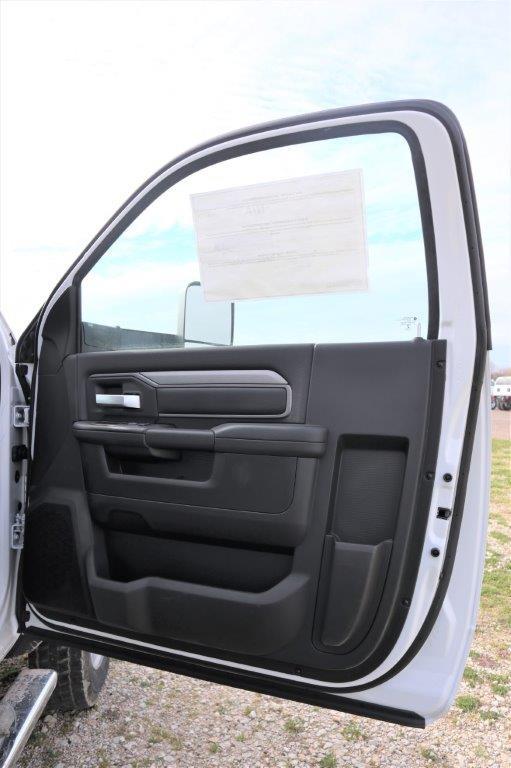 2019 Ram 5500 Regular Cab DRW 4x4, Palfinger PAL Pro 43 Mechanics Body #710609 - photo 39