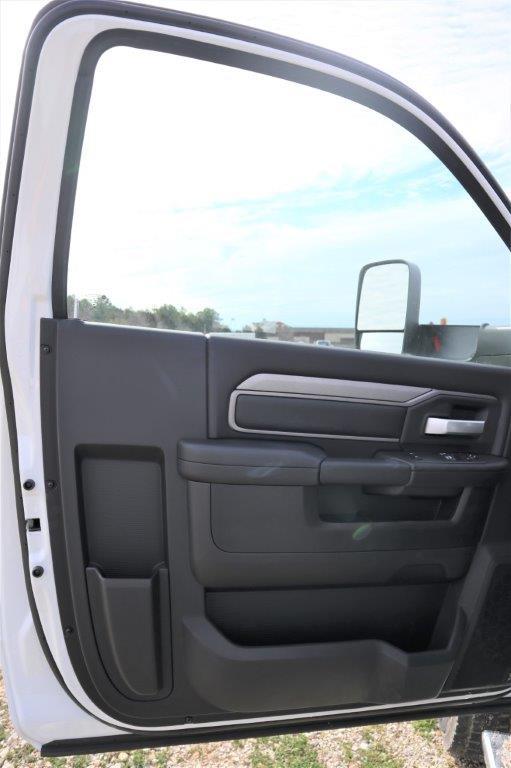 2019 Ram 5500 Regular Cab DRW 4x4, Palfinger PAL Pro 43 Mechanics Body #710609 - photo 42