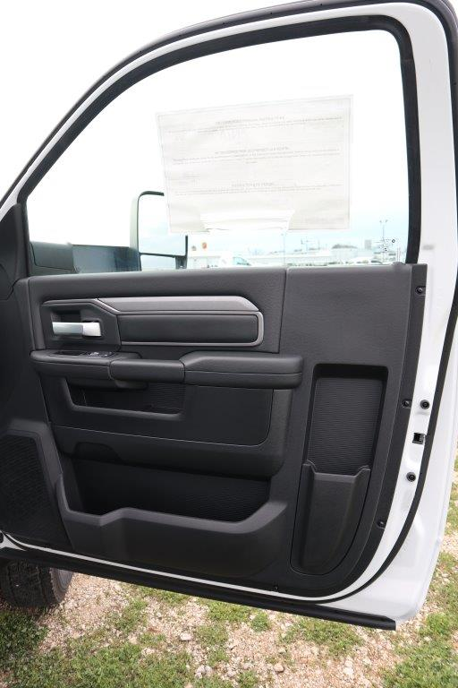2019 Ram 5500 Regular Cab DRW 4x4, Palfinger Mechanics Body #710612 - photo 23