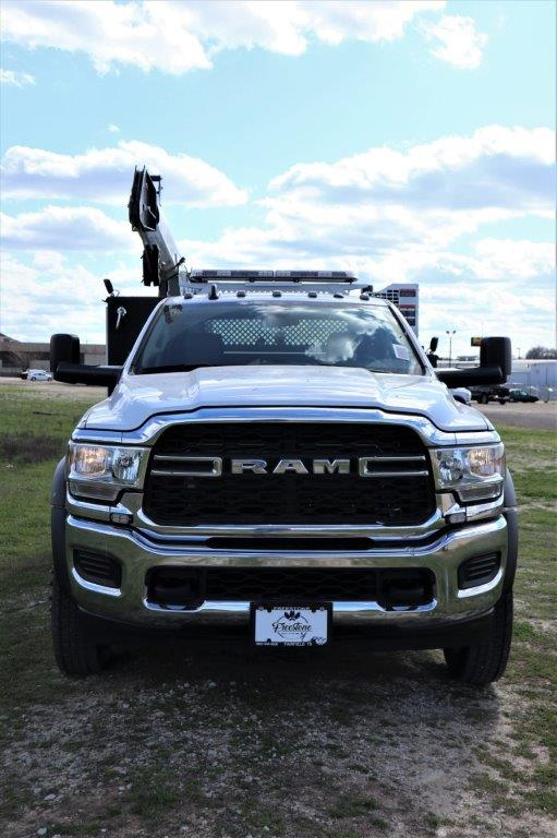 2019 Ram 5500 Regular Cab DRW 4x4, Palfinger PAL Pro 43 Mechanics Body #710618 - photo 3