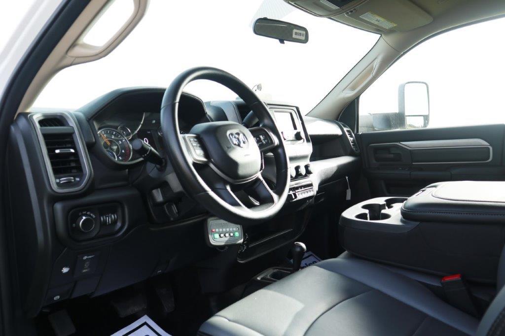 2019 Ram 5500 Regular Cab DRW 4x4, Palfinger PAL Pro 39 Mechanics Body #710620 - photo 29