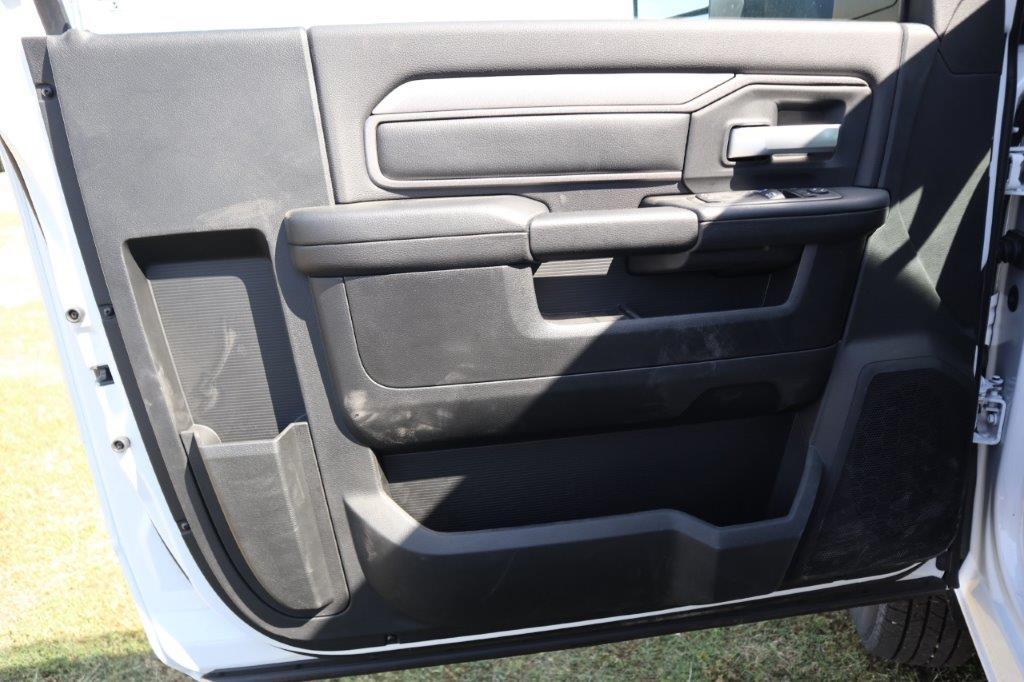 2019 Ram 3500 Regular Cab DRW 4x2, Palfinger PAL Pro 20 Mechanics Body #718175 - photo 18