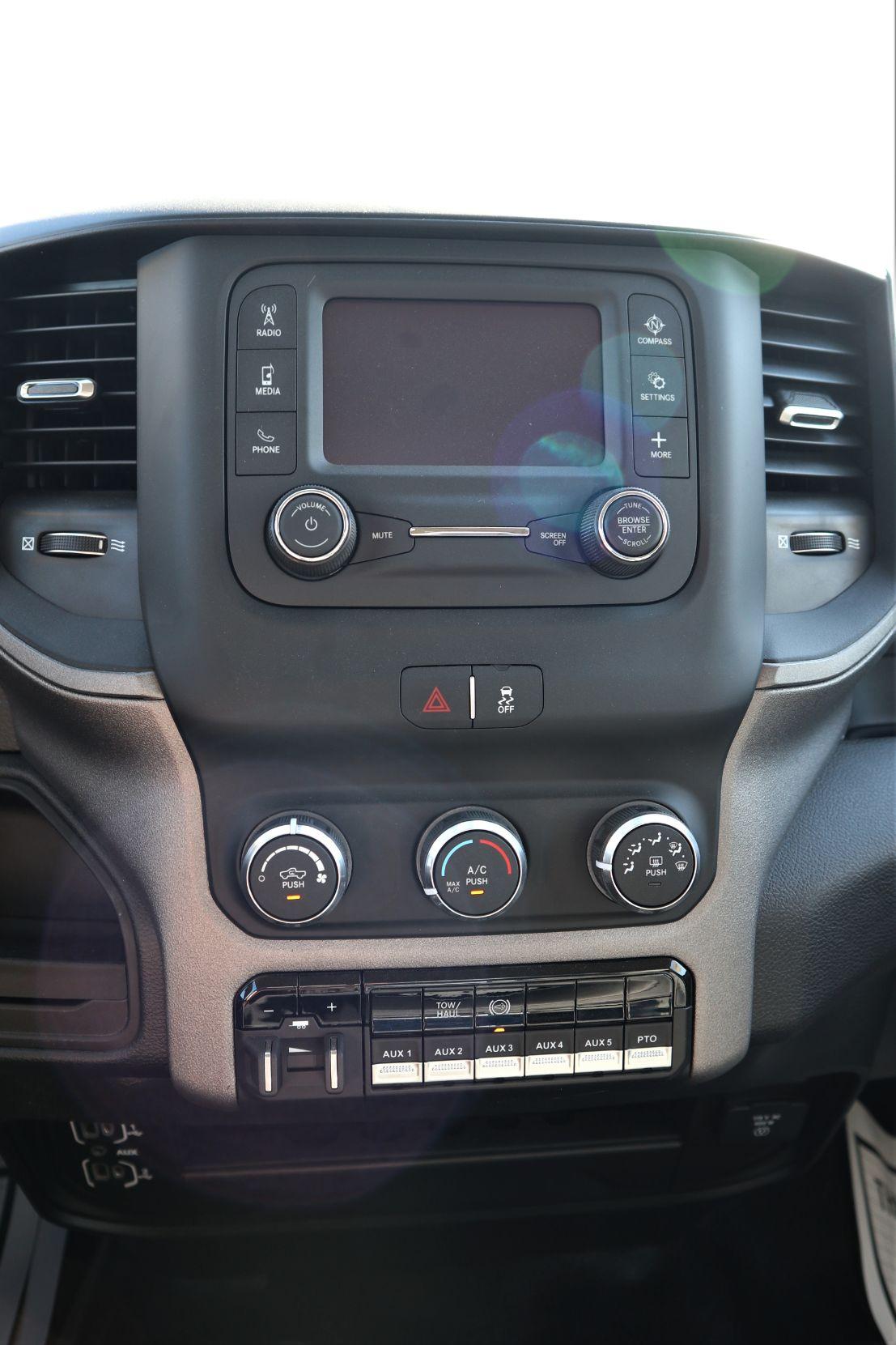 2019 Ram 5500 Regular Cab DRW 4x4, Palfinger PAL Pro 43 Mechanics Body #722325 - photo 35