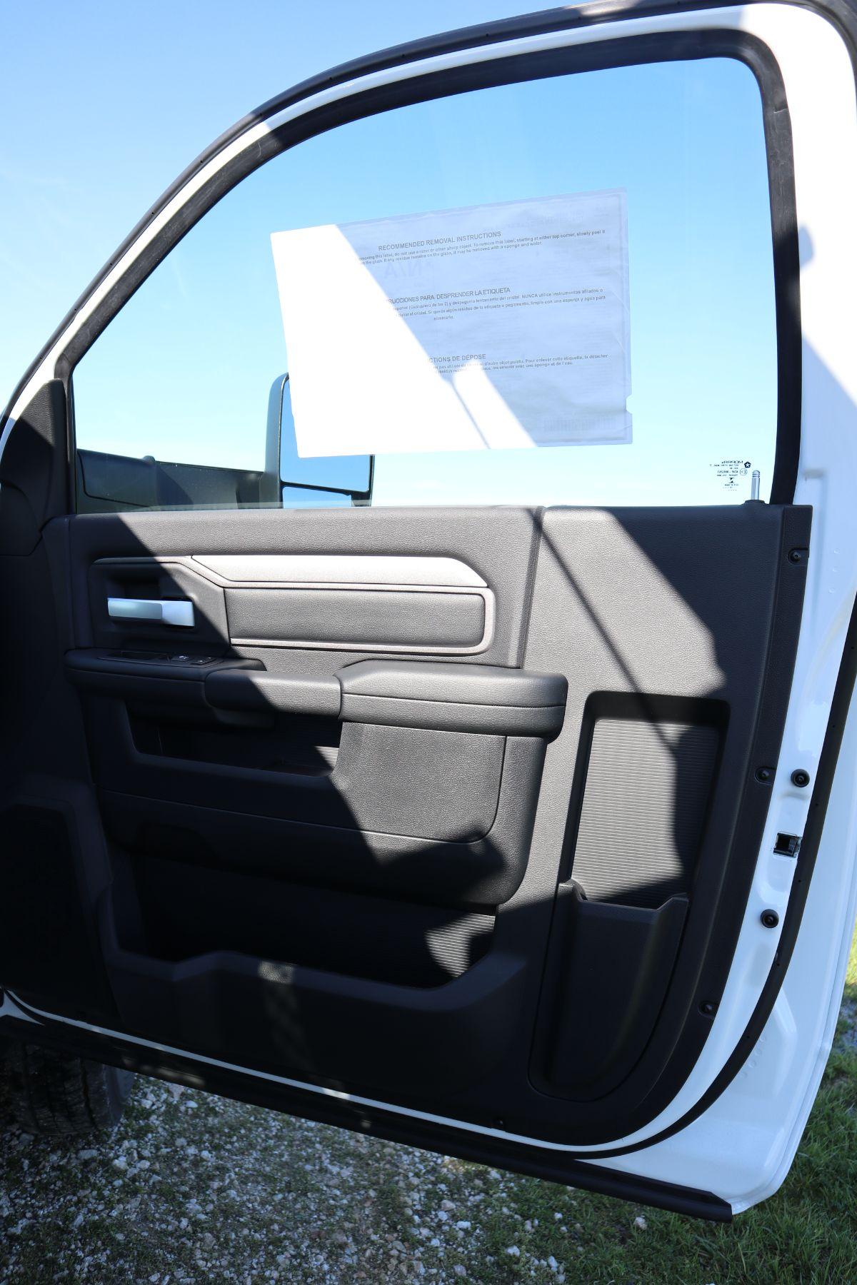 2019 Ram 5500 Regular Cab DRW 4x4, Palfinger PAL Pro 43 Mechanics Body #722325 - photo 41