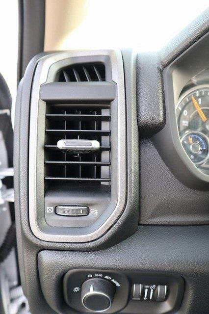 2020 Ram 5500 Regular Cab DRW 4x4, Palfinger PAL Pro 39 Mechanics Body #ST102497 - photo 12