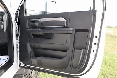 2020 Ram 5500 Regular Cab DRW 4x4, Palfinger PAL Pro 39 Mechanics Body #ST102497 - photo 31