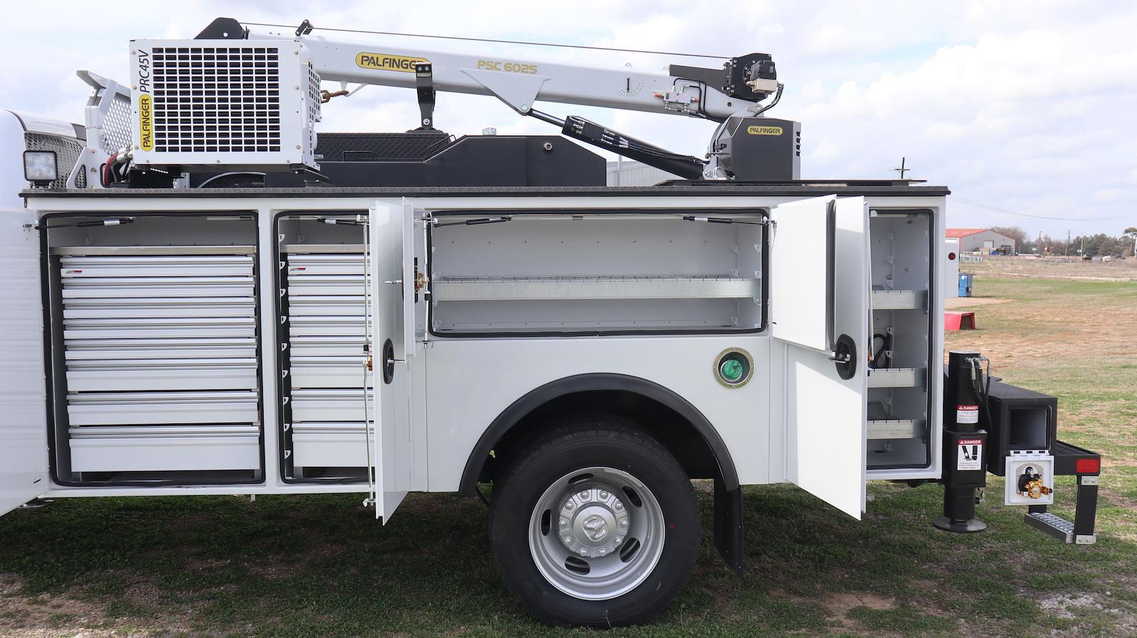 2021 Ram 5500 Crew Cab DRW 4x4, Palfinger PAL Pro 43 Mechanics Body #ST517109 - photo 32