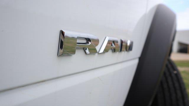 2021 Ram 5500 Regular Cab DRW 4x4, Palfinger PAL Pro 20 Mechanics Body #ST517118 - photo 38