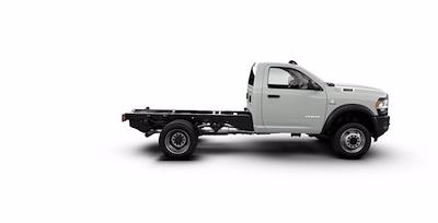 2021 Ram 5500 Regular Cab DRW 4x4, Cab Chassis #ST517156 - photo 3